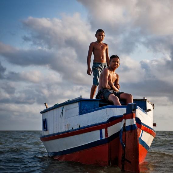 Meninos em Joanes, 2012