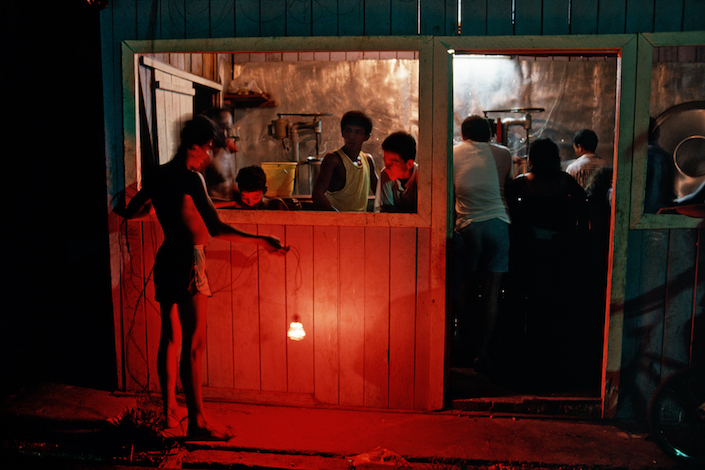 Retirando luz vermelha, 1990