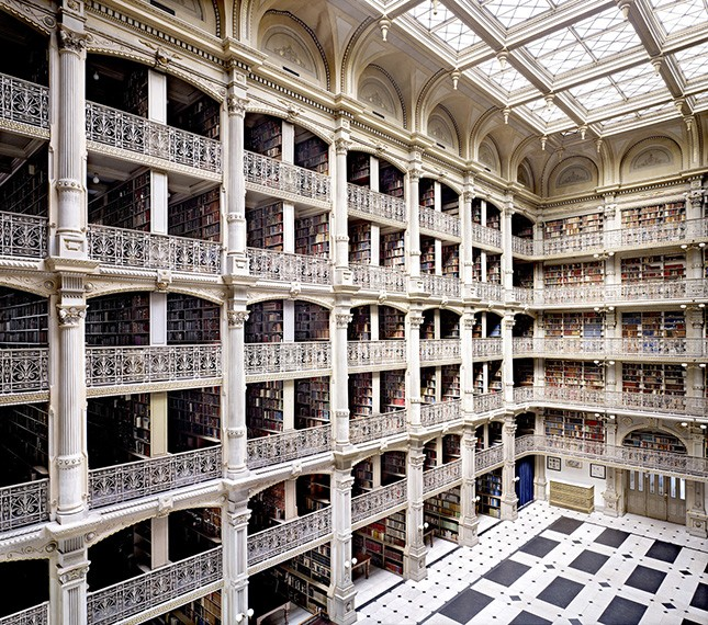 George Peabody Library Baltimore III, 2010