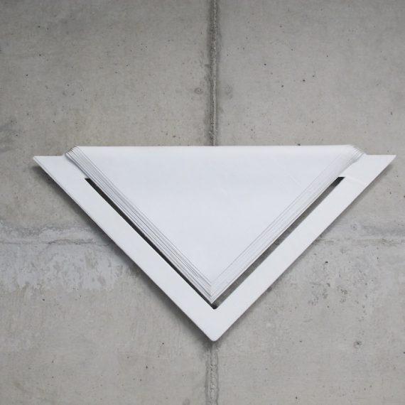 Relevo (branco, 19 camadas) , 1998