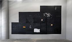 Frederico Filippi_O ar pesado demais para respirar, 2015_Galvanized steel, oil paint, spray, charcoal and collage_337 x 422 cm